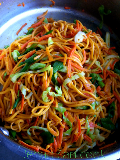 West indian guyanese style chicken chowmein food caribbean west indian guyanese style chicken chowmein food caribbean and recipes forumfinder Images